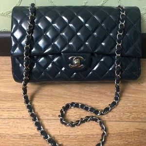 Chanel double flap medium patent leather